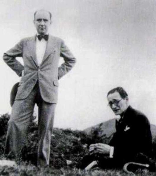 2. Vicente Risco con F. López Cuevillas
