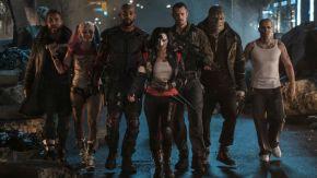De izquierda a derecha: Capitán Boomerang (Jai Courtney), Harley Queen (Margot Robbie), Deadshot (Will Smith), Katana (Karen Fukuhara), Rick Flagg (Joel Kinnaman), Killer Croc (Adewale Akinnuoye-Agbaje) y Diablo (Jay Hernandez).